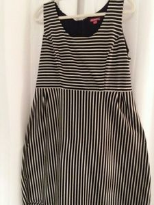 MERONA xl blk &white striped dress